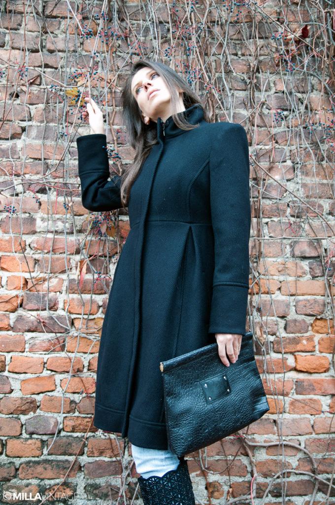 MY OUTFIT Uncategorized @ro  Outfit de toamnă.  Eleganța paltoanelor negre