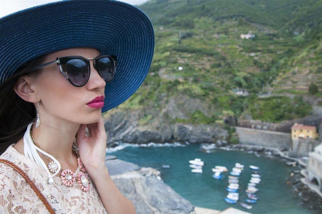 Trips  Cinque Terre: Vernazza, locul în care admiri opere de artă