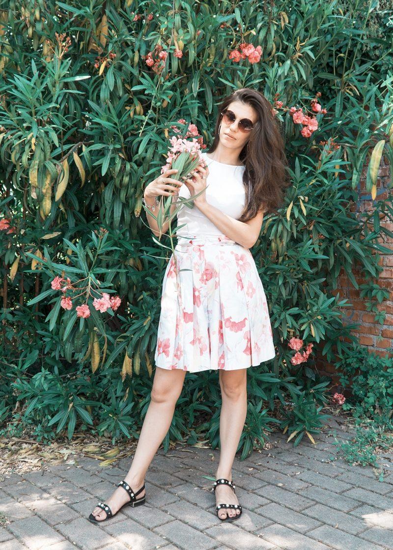 MY OUTFIT  FLORAL MOOD: Pantalonii scurti tip fustă