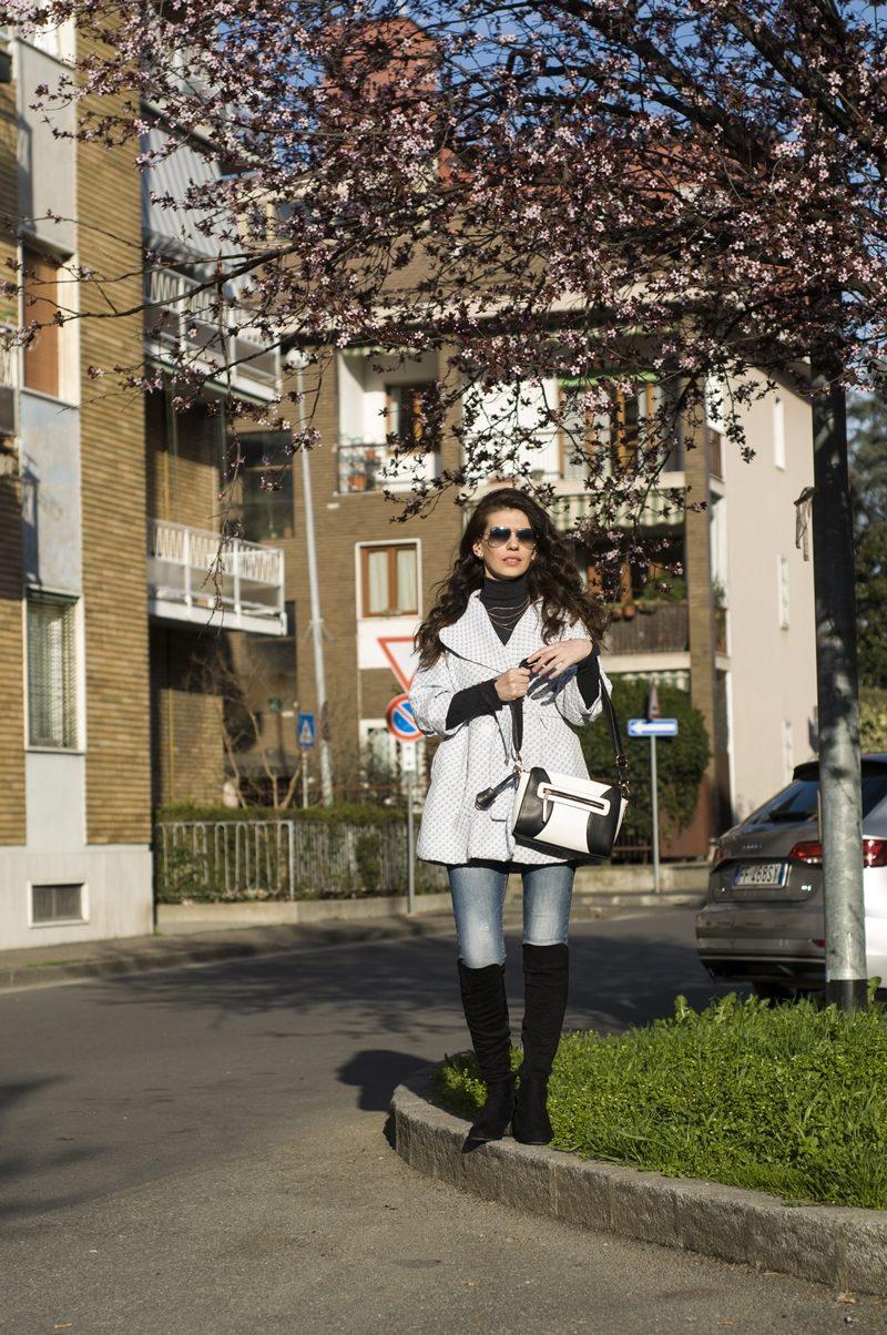 MY OUTFIT  Vibrații de primăvară: o ținută casual și cireșii în floare